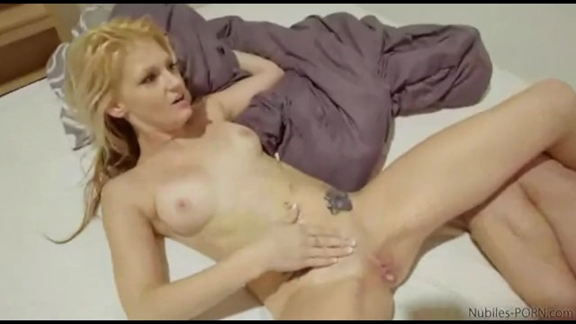 She WonT Let Him Pull Out Creampie foto 2